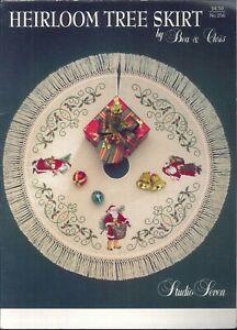 Christmas-Heirloom-Tree-Skirt-Cross-Stitch-Pattern-1992-Studio-Seven-Santa-Holly