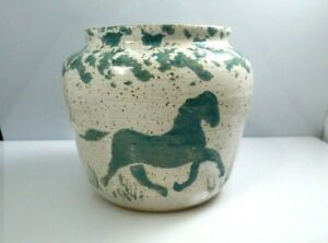 Vintage-Stoneware-Clay-Horse-Vase-Studio-Art-Pottery-Signed-Green-Cream-Speckle