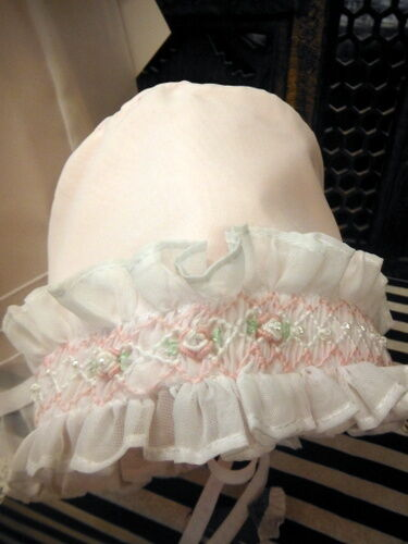 NWT Will/'beth White Sheer Overlay Smocked Bishop Dress Preemie Bonnet Baby Girls