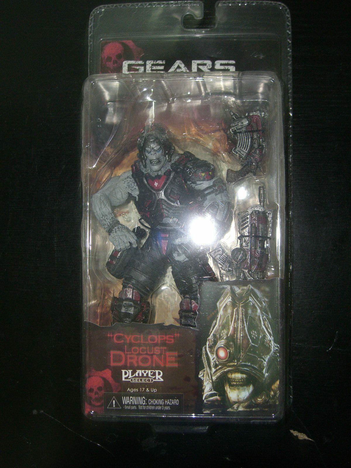 Gears of War 2 CYCLOPS LOCUST DRONE figure 7  NECA player select MIB