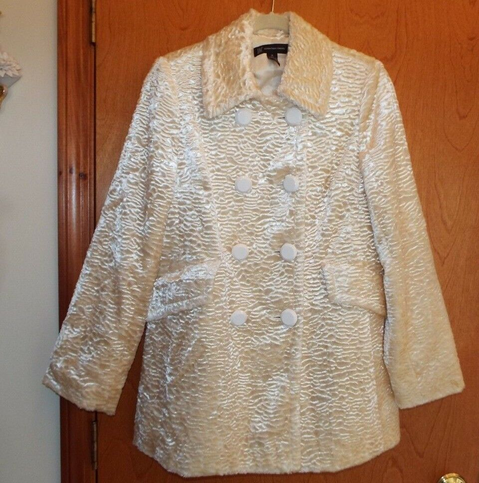 INC INTERNATIONAL CONCEPTS IVORY TEXTURED COAT, SIZE M. STUNNING LINED COAT.