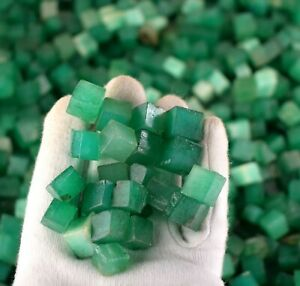 Natural Green Emerald Gemstone Rough Colombian 5000 Ct Cube/Square Shape Lot