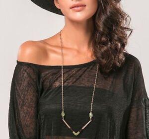 Boho-Style-Gold-Chevron-Chunky-Threaded-Quartz-V-Tribal-Pendant-Long-Necklace