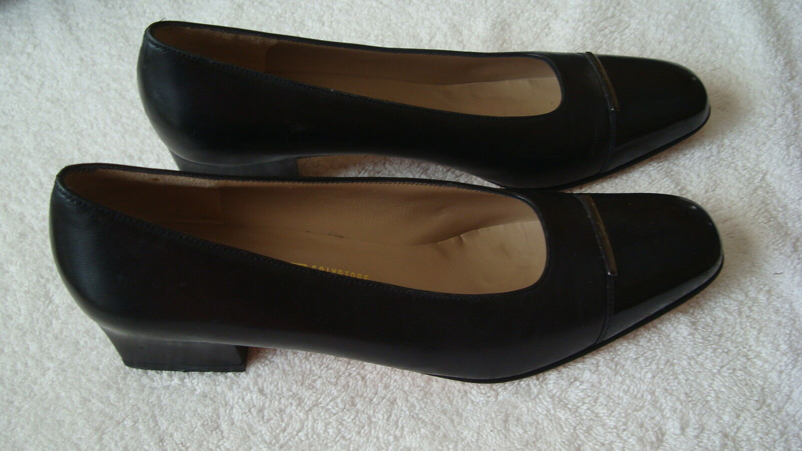 Womens Salvatore Ferragamo Black Leather WPatent Toe Pumps Heels-9.5/2A