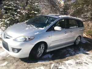 Mazda5 Sport with Leather!