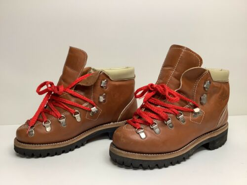 VTG WOMENS LAND ROVER HIKING BROWN BOOTS SIZE 7?