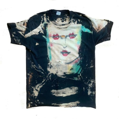 Vintage 90s Mosquitohead Mona Lisa Bleached T-Shir