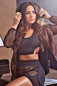 082cb3259c019 Image is loading Fabletics-Athletic-Demi-Lovato-Gabrielle-Sports-Bra-Black-