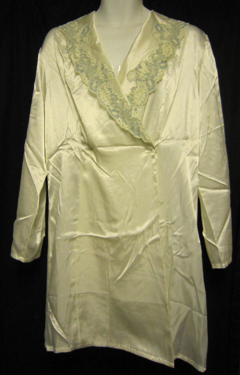Victoria Secret Medium Large Robe Ivory with bluee Lace Polyester Satin