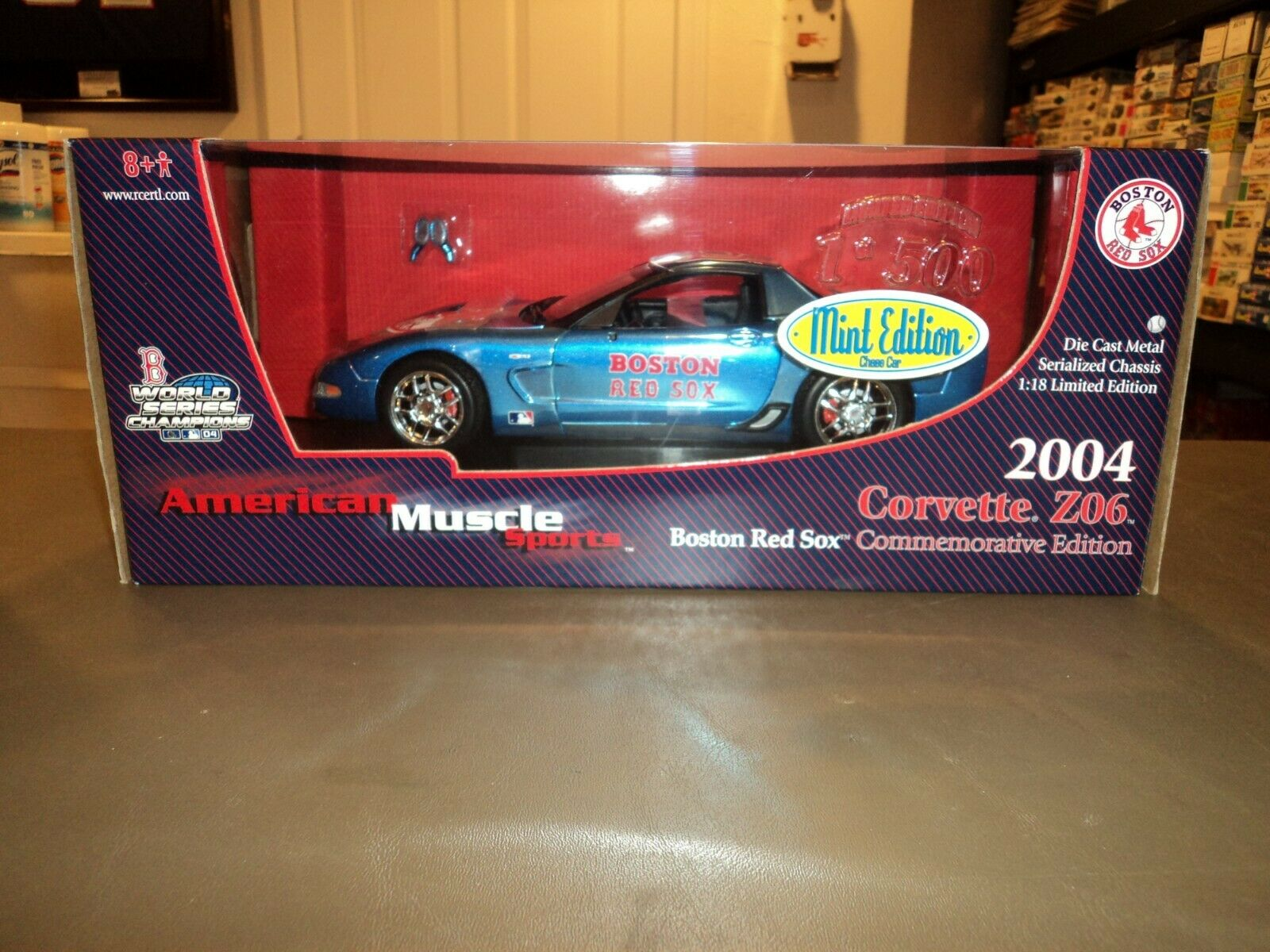 Ertl American Muscle 1:18 2004 Corvette Z06 Die Cast Boston Red Sox CHASE 1/500