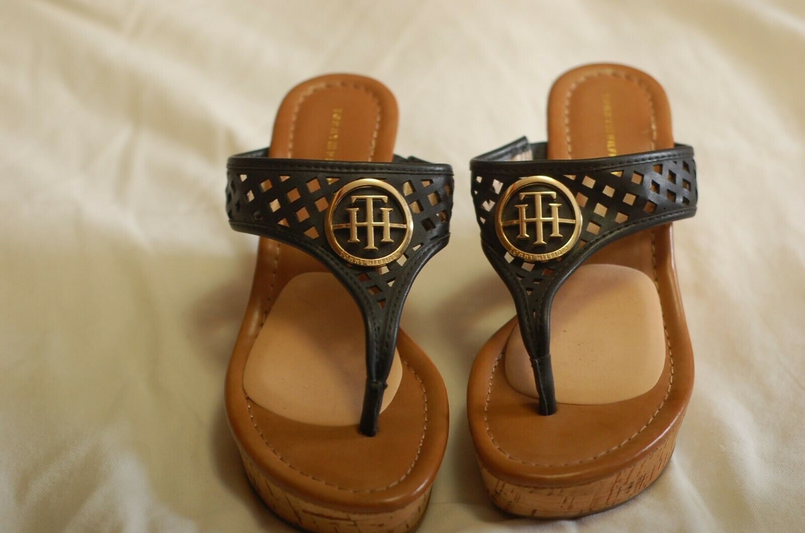 Tommy Hilfiger Black Leather Thong Sandals Cork W… - image 2