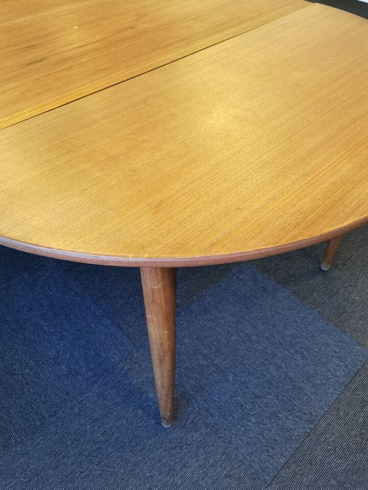Smukt Teaktræsbord med 2 x udtræk