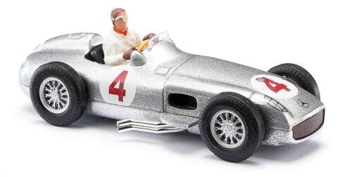 mit Fahrer  #47002 BUSCH Modelle 1:87//H0 Mercedes-Benz Silberpfeil W 196 silber
