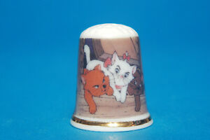 Disney-034-Aristocats-034-China-Thimble-B-94