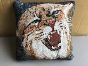 Usa Nwot Kentucky Wildcat 17 X 17 Tapestry Throw Pillow 569 Ebay