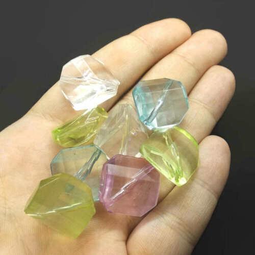 10 Perles Carrées à Facettes 19mm en Acrylique multicolore