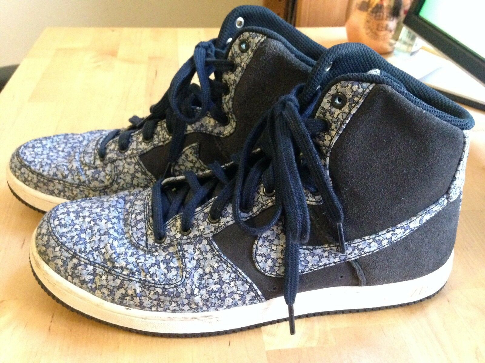 Nike Air Women's Blue Suede Patterned High Top Size 9