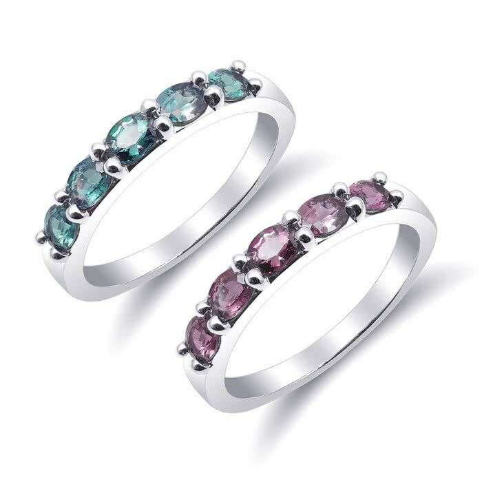 Natural Alexandrite with excellent color change 0.89 carats