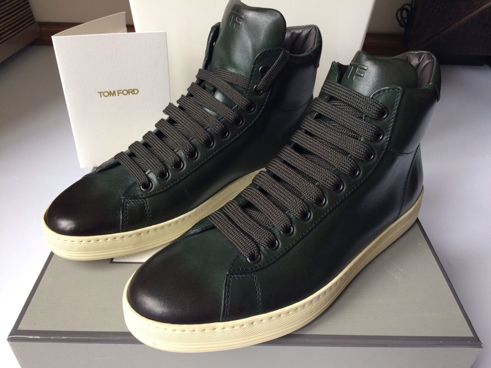 Tom ford Women's Green Flat High Top Leather sneakers us 8 nuevo embalaje original