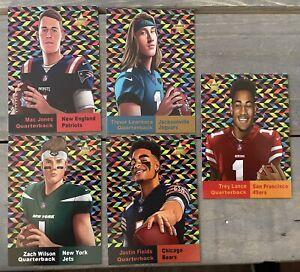 2021 NFL Cartoon Star Rookie Set Lawrence, Fields, Jones, Lance, Wilson