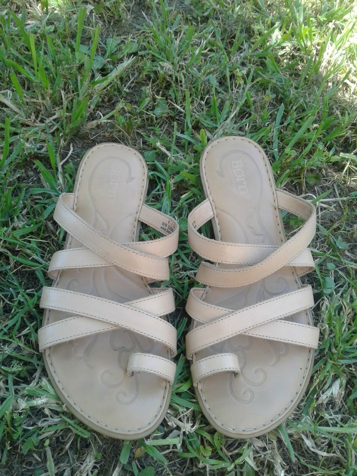 Womens Born Toe Ring Leather Comfort shoes Size 8  39