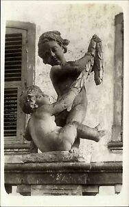 Kunst-Skulptur-Bueste-2-nackte-Knaben-am-Brunnen-s-w-Echtfoto-AK-Einzelkarte