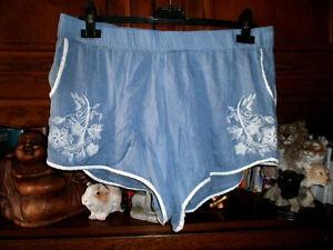 Damen - Shorts luftig leicht mit Gummibund Gr. 42 - Alleshausen, Deutschland - Damen - Shorts luftig leicht mit Gummibund Gr. 42 - Alleshausen, Deutschland