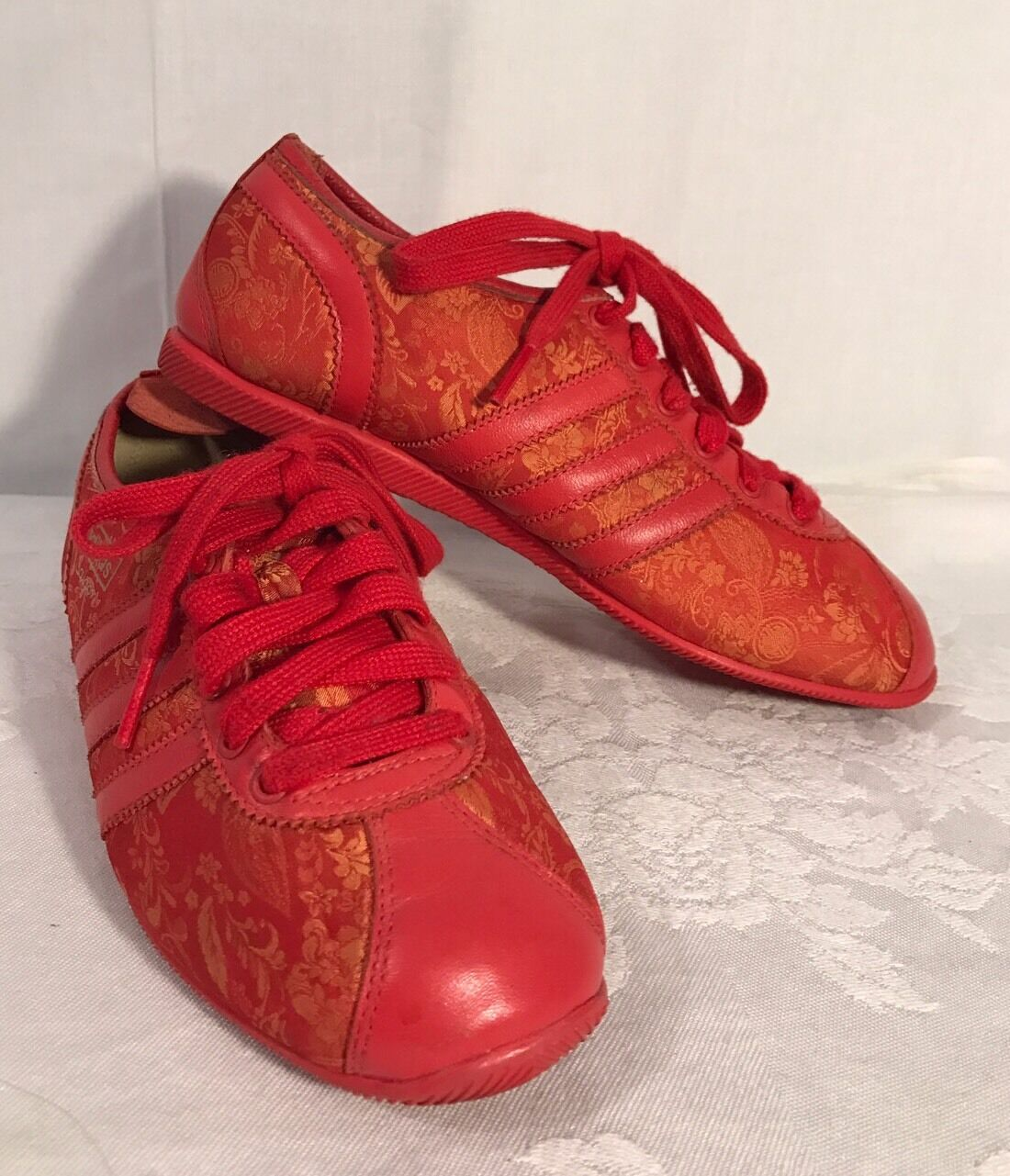 Adidas SAIGON MATERIALS OF THE WORLD Red Gold 1/2 Mens Size US 5 1/2 Gold Sneakers 228c71