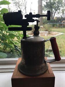 Vintage-Clayton-amp-Lambert-Model-144A-Copper-Wood-Handled-Blow-Torch