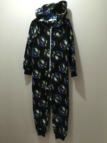 BNWT Boys//Girls Size 6 Official AFL Collingwood One Pce Polar Fleece Sleep Suit