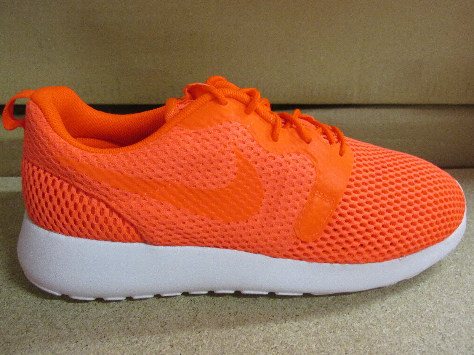 Nike Mens Roshe One HYP BR Mens Nike Trainers 833125 800 Sneakers Shoes e07a32