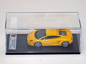 Lamborghini-Gallardo-LP-560-4-2008-Midas-Yellow-LookSmart-LS302C-Resin-1-43