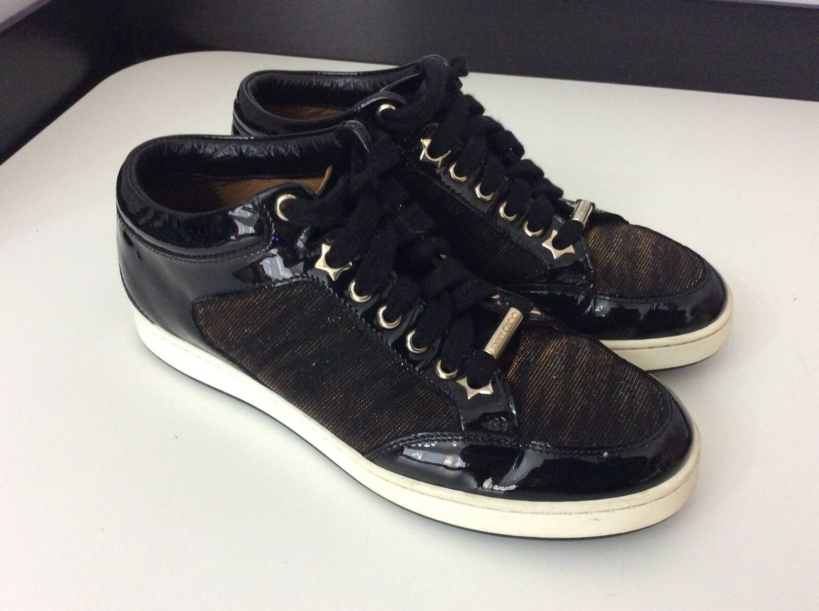 Jimmy CHOO scarpe da ginnastica top basse in pelle in vernice nera misura 35 Regno Unito 2