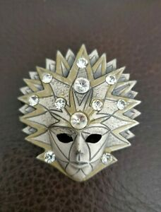 Vintage-Venetian-Mask-silver-amp-goldtone-Diamante-Pin-brooch-abstract-quirky-vtg