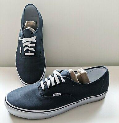 Vans Classic Sneakers in Gray, size