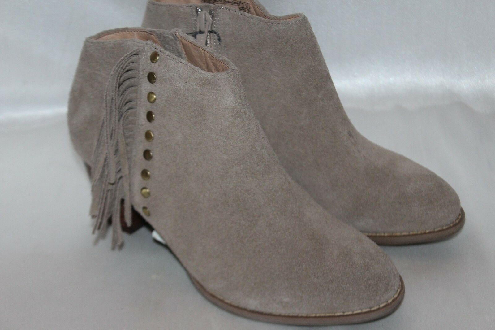 NEW  VIONIC Lt Tan Suede Leather Upright FAROS Zip Fringe Stud Boots Sz 6