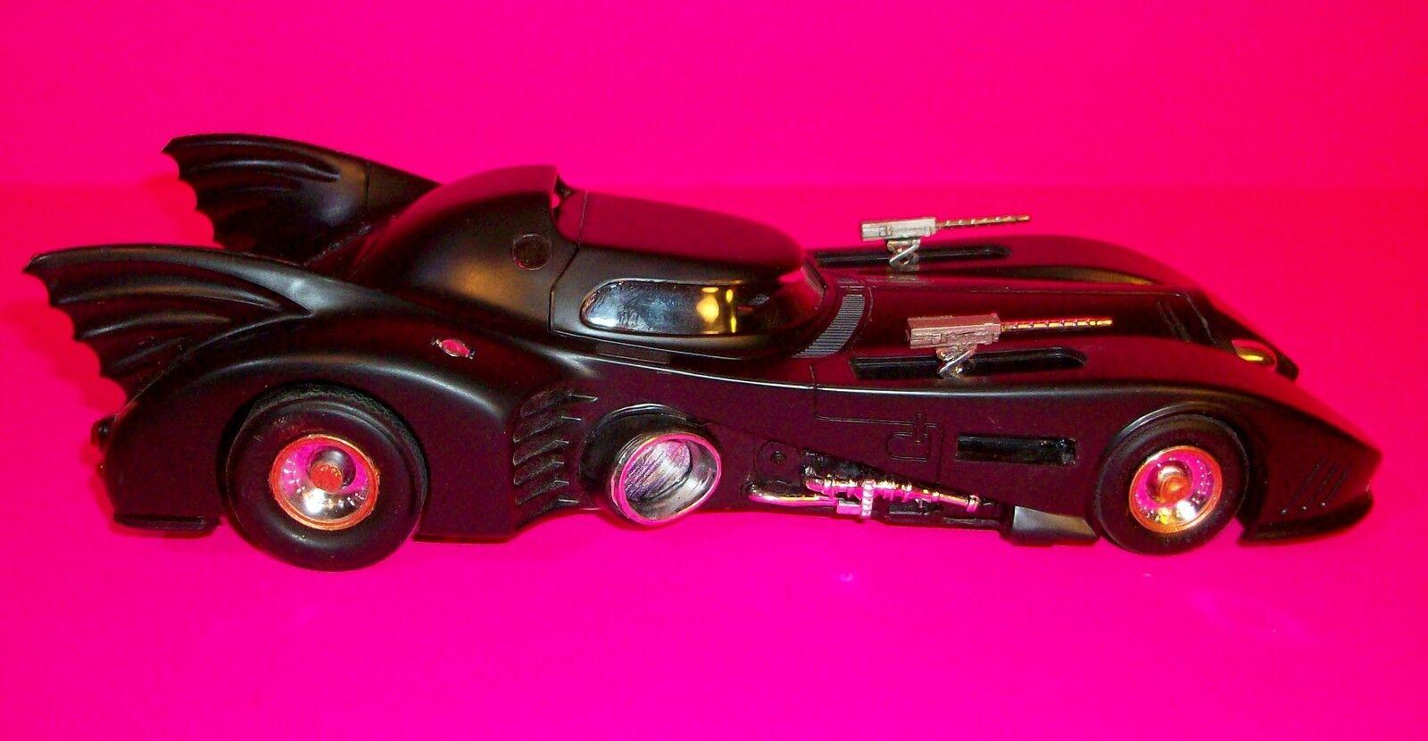 BATMAN  BATMOBILE  plastic model from 1st movie