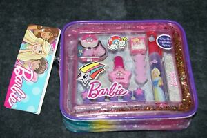 Barbie-Glitz-039-n-039-Glam-Maquillaje-Bolso-con-9-Articulos-GRATIS-UK-FRANQUEO-98043