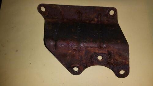 1-Gallon Tecumseh 7HP HSK70-130282T Fuel gas tank mount mounting bracket