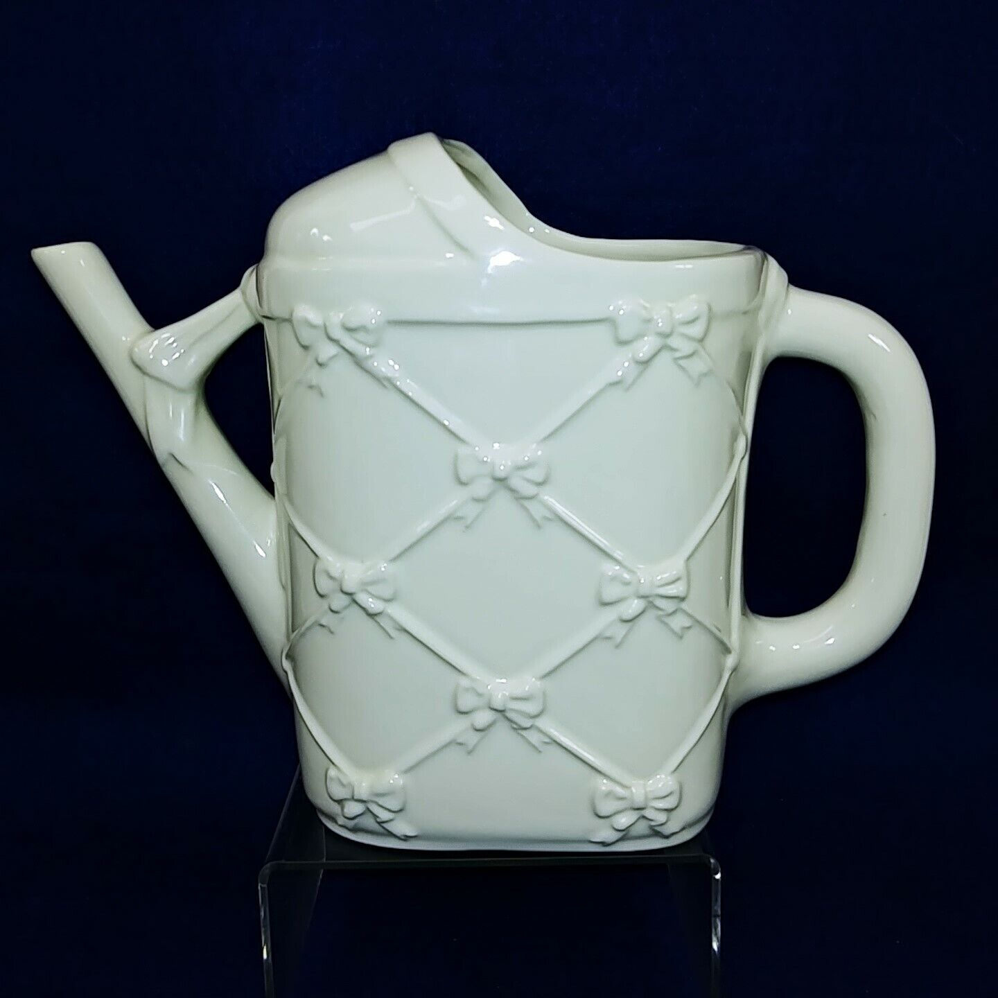 Watering Can Bowknot Motif by Lord & Taylor Made in Italy 8