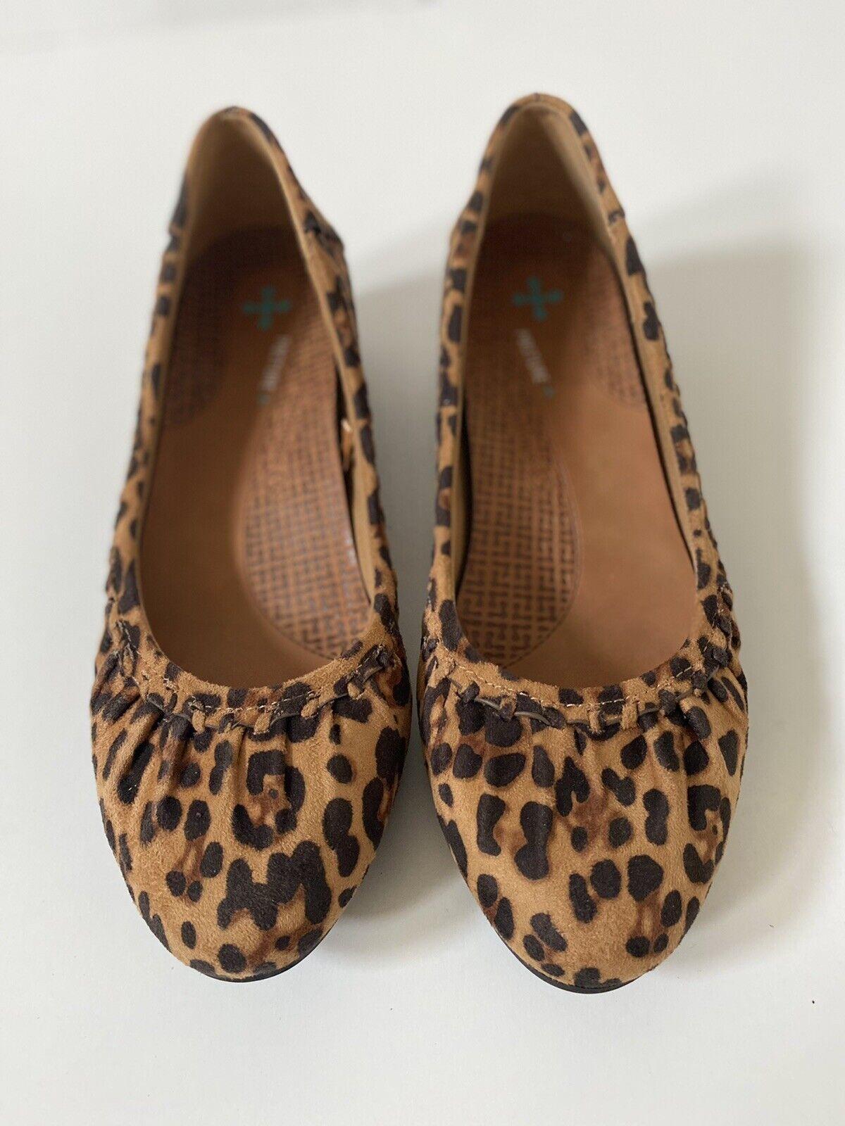 Baretraps Posture + Womens Comfort Shoes 8.5 Leopard Pleated Hidden Wedge