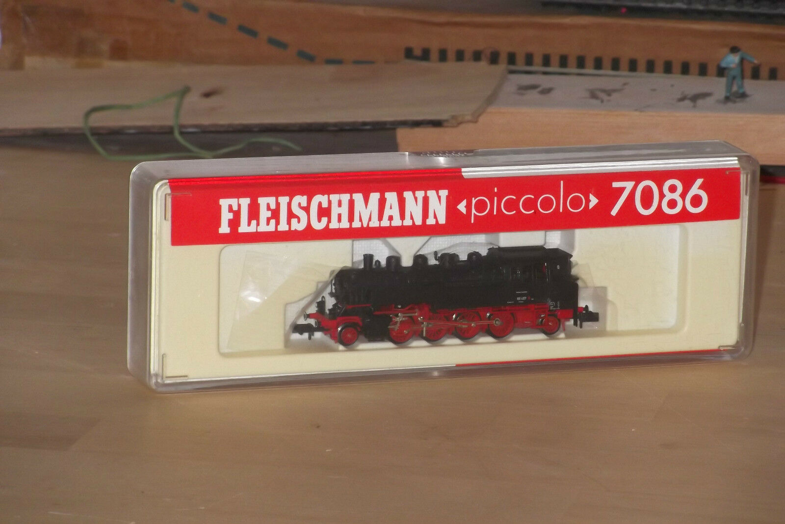 FLEISCHMANN piccolo 7086   2-8-2