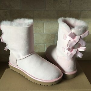 4897488f2b0 Details about UGG SHORT BAILEY BOW II METALLIC SEASHELL BABY PINK SUEDE FUR  BOOTS SIZE 5 WOMEN