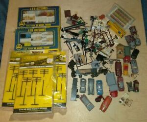 LOT-of-ho-scale-ACCESSORIES-for-Model-Train-Layouts-amp-Displays-Signs-Cars-Huge
