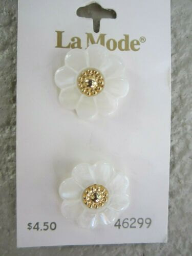 Carded CHOICE La Mode Clear Buttons Assorted White Pearl La Petit JHB