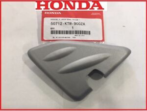 COPERCHIO-PEDANA-POGGIAPIEDI-DESTRO-GRIGIO-HONDA-SH-300-2008-50712-KTW-900ZA