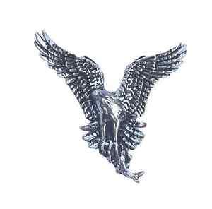 Wren Lapel Pin Badge  Birds