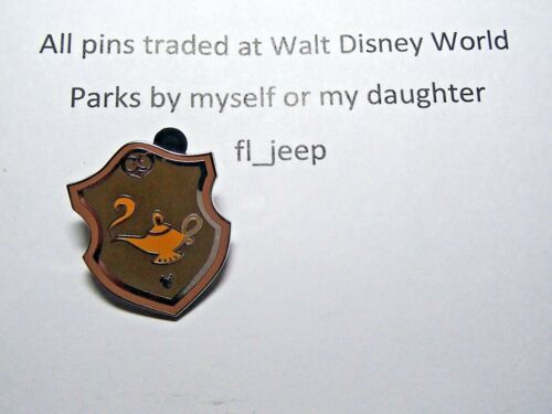131138 Jasmine COMPLETER Disney Pin 2018 Hidden Mickey Princess Crest//Shield