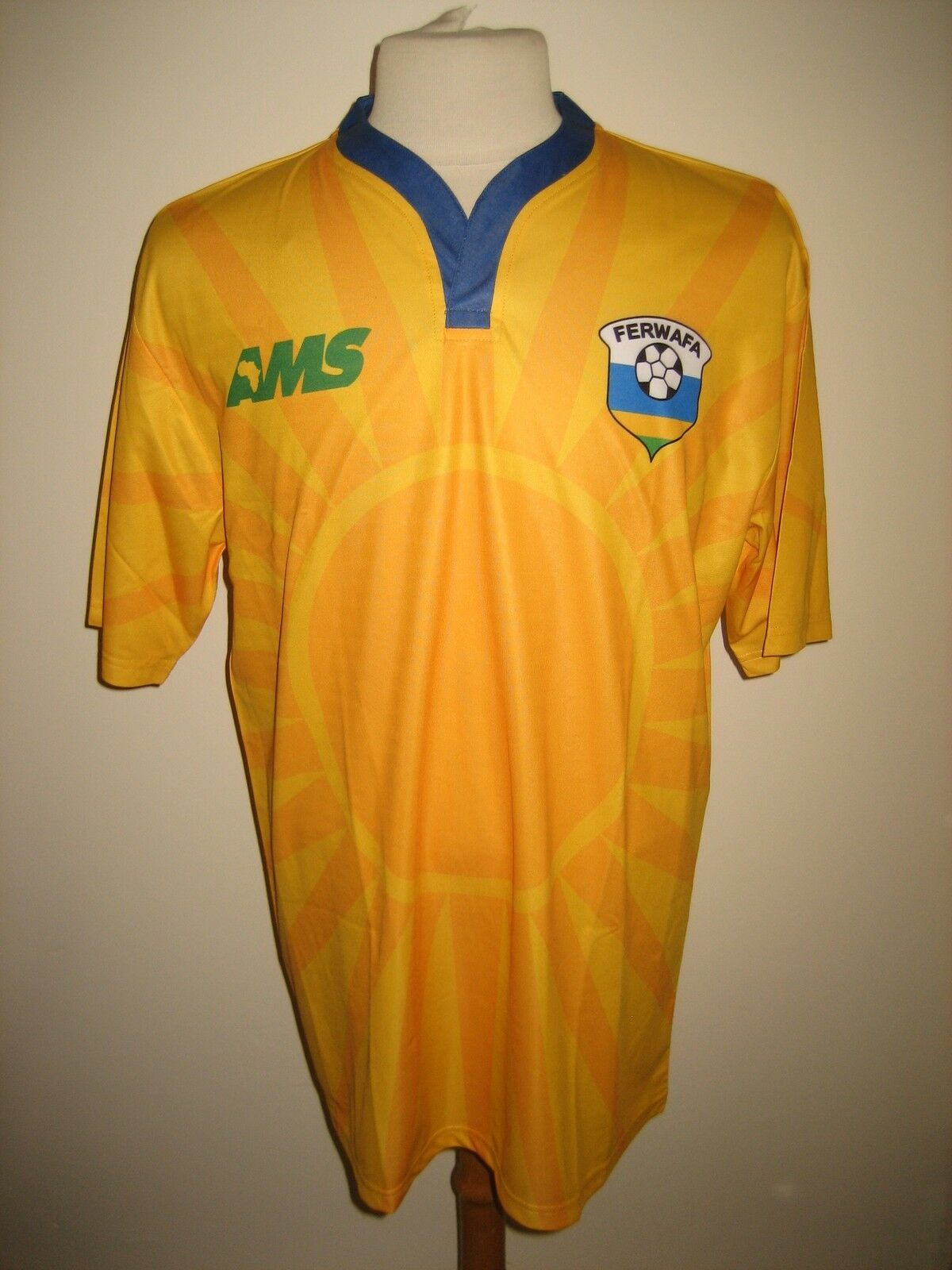 Rwanda home FERWAFA Africa football shirt soccer jersey maillot trikot size M