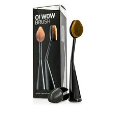 CAILYN O Wow Make Up Brush NEW IN THE BOX Perfect Glowing Skin